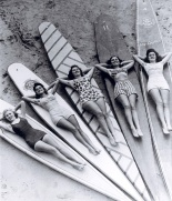 Surf sirens, Manly beach, New South Wales, 1938-46 [picture] /